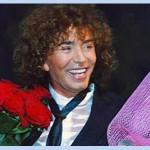 Валерий Леонтьев отметил свой день рождения и получил три чемодана подарков.